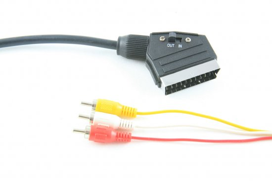 MEP Scart with switch/3xRCA plugs 1.5m